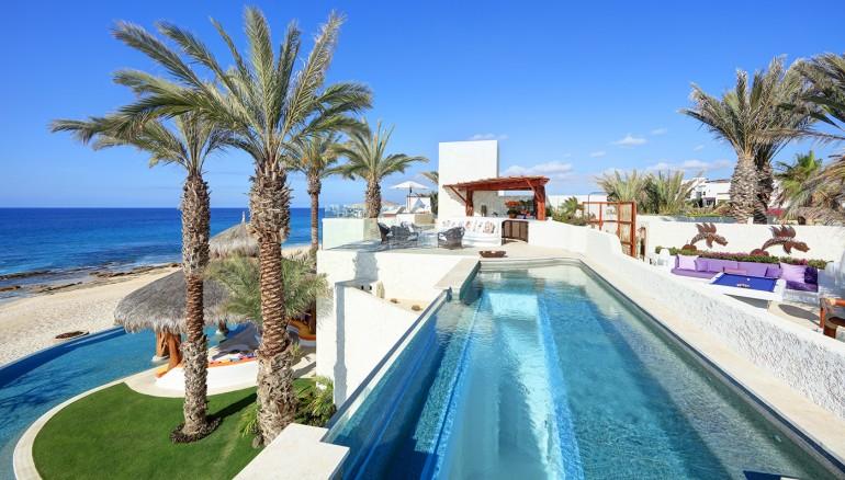 las-ventanas-ty-warner-villa-baja-mexico-roof-pool